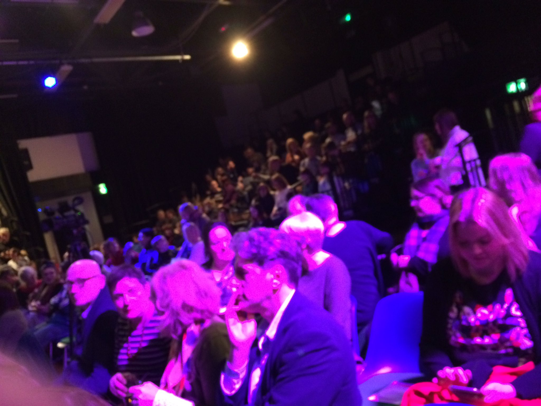 Another capacity turnout for Dundee's #PKN_DND https://t.co/Iwuvk1JPeT