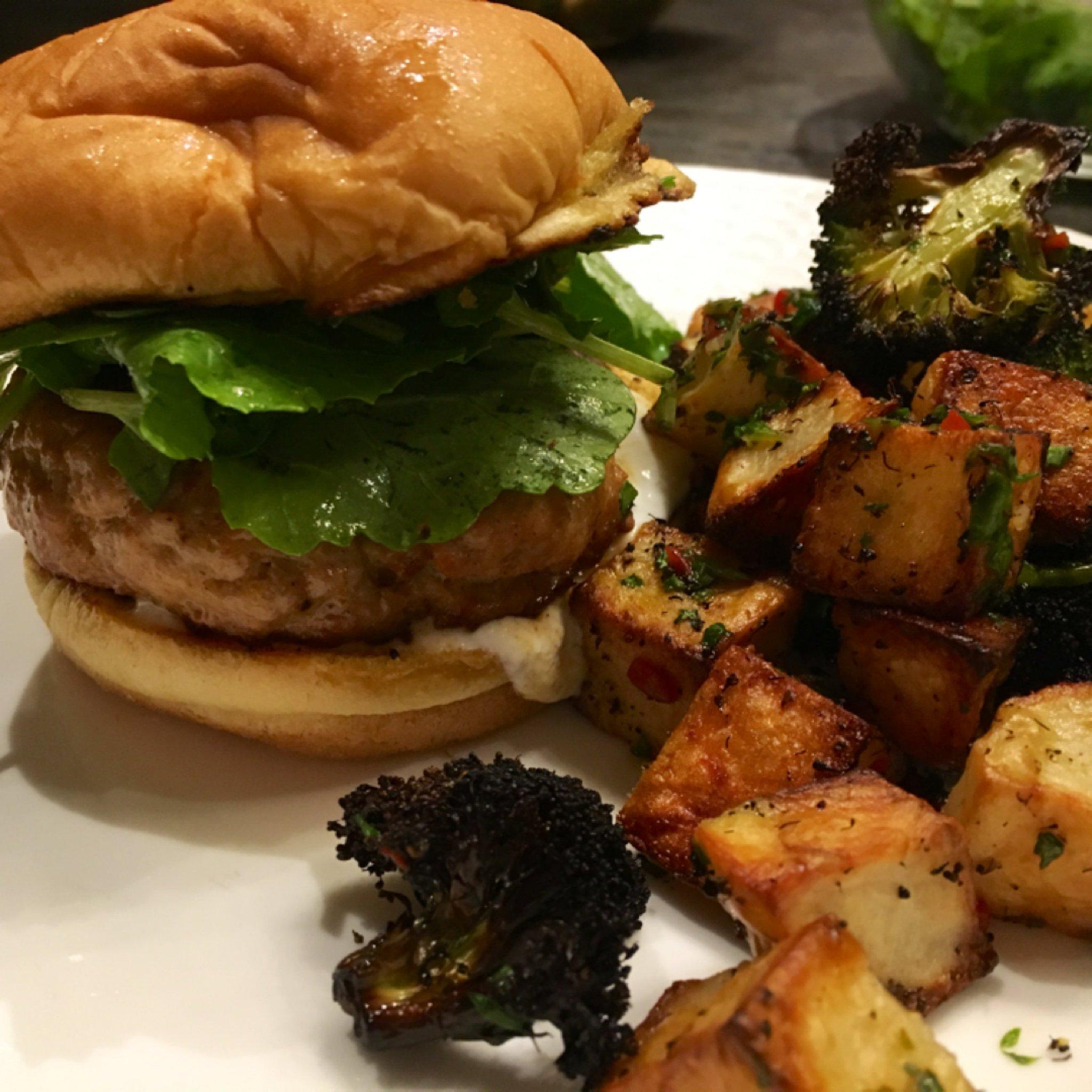 Blue apron pork burgers - Matt Salzberg On Twitter Smoky Pork Burgers With Roasted Vegetables Piquillo Pepper Sauce Blueapron Https T Co Y9zkcitdv2