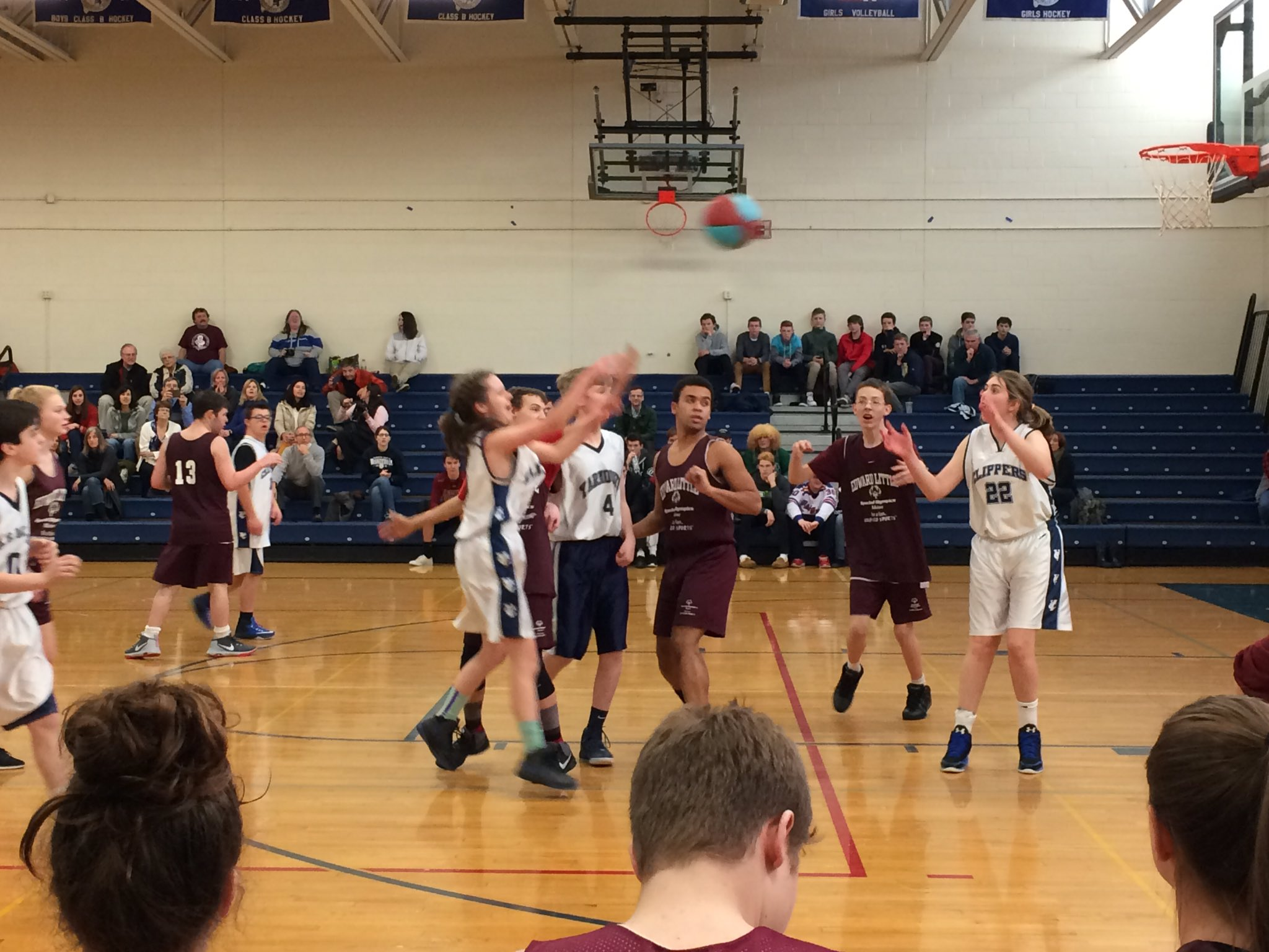 Unified Basketball Edward Little HS vs @YarmouthHS https://t.co/IPjCN3nepJ