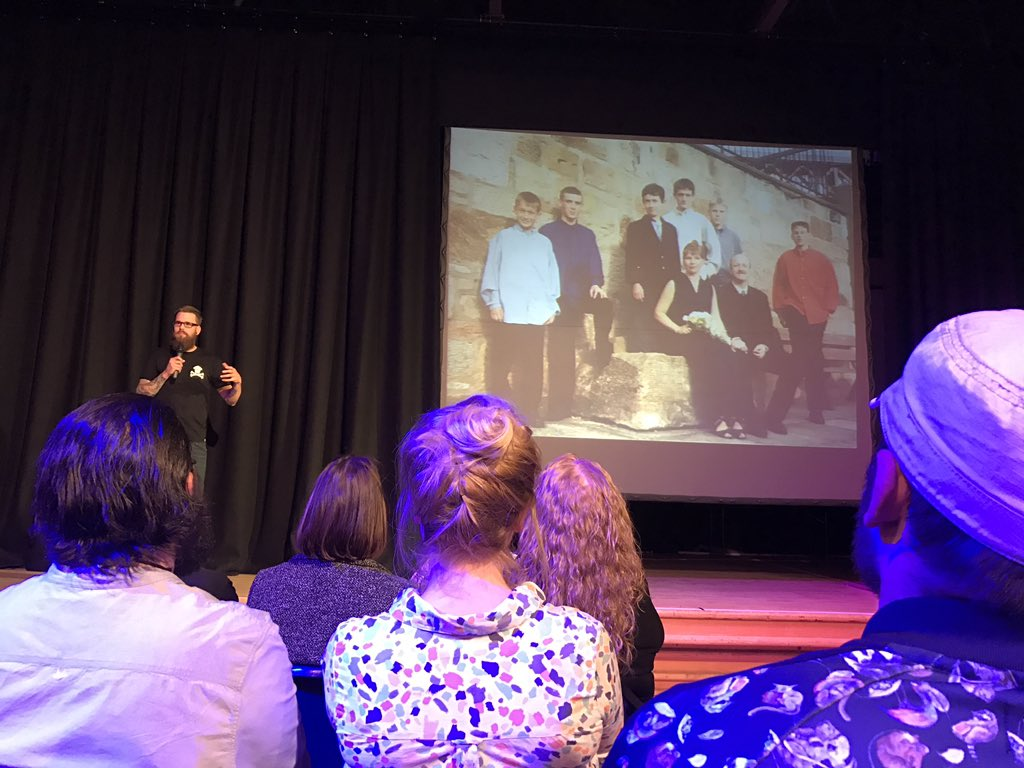 Our second last speaker, @chrismarr101 talks about life being unexpected and how he uses photos to remember his brother, Colin 📷😢#PKN_DND https://t.co/epsGJP2Jae