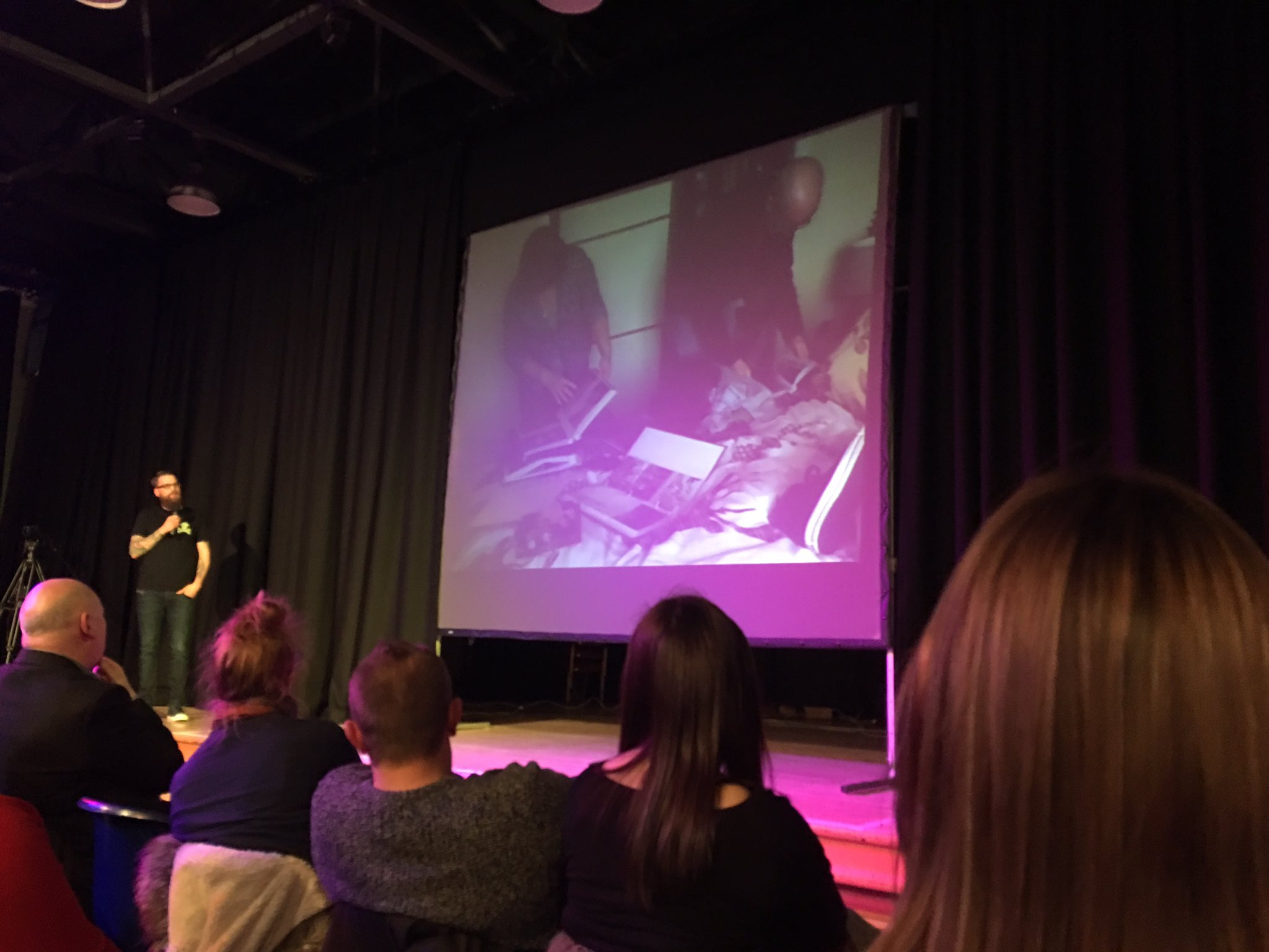 You can't always trust your memory so don't skimp on the triggers (pictures/videos etc) as you will not be able to rewind the past #PKN_DND https://t.co/ReQFdDzhSS
