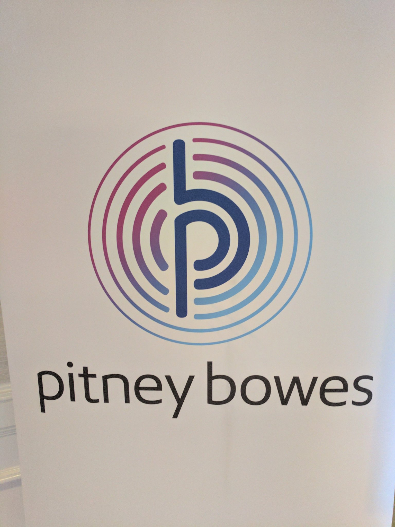 And it is [TweetStorm] = {On} for @PitneyBowes #PBTechAnalysts https://t.co/mJBmDee9eB