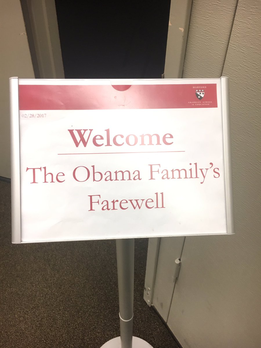 My current situation. We too deserve an #Obama farewell #Harvard<br>http://pic.twitter.com/gfkvh3r6jW