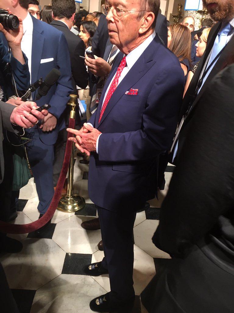 Commerce secretary wears $500 slippers to Trump's speech