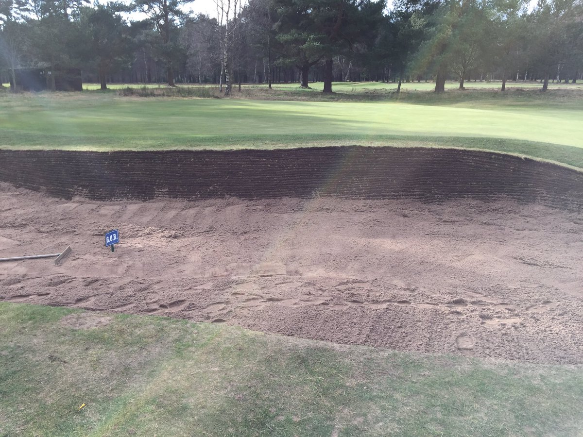 Ladybank Golf Club On Twitter Bunker Green Side On The 5th