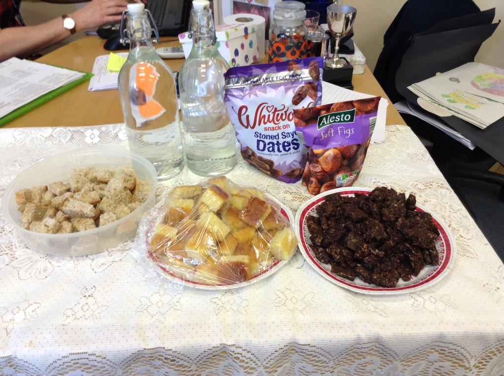 Most Inspiring Snack Eid Al-Fitr Food - C6-GwDtWgAA4qF3  Image_719626 .jpg