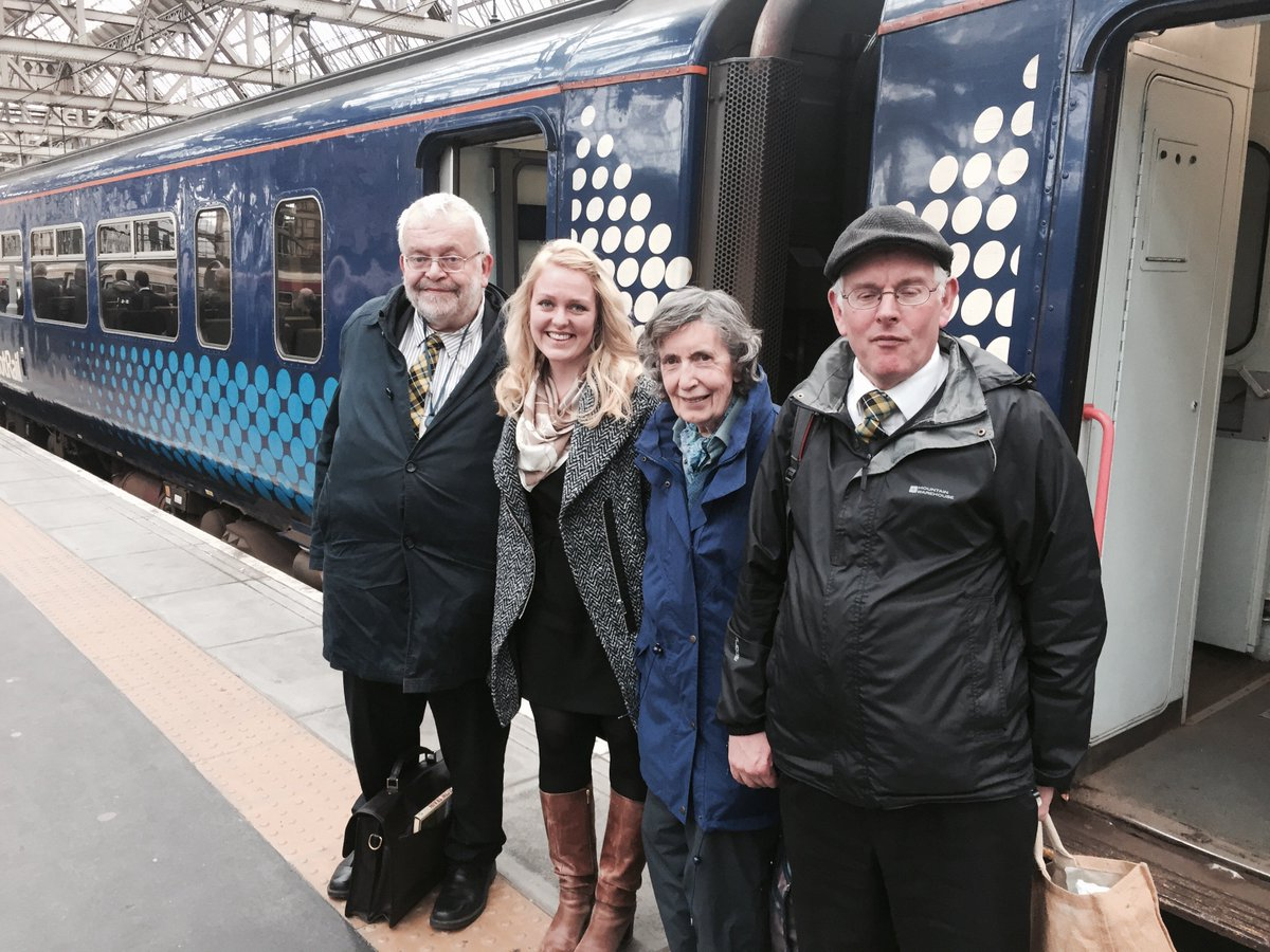 Inspiring to see the work undertaken by the #StationAdopters at Dumfries station with @ScotRail today #Biodiversity #AdoptAStation<br>http://pic.twitter.com/hDbxEvXN2A