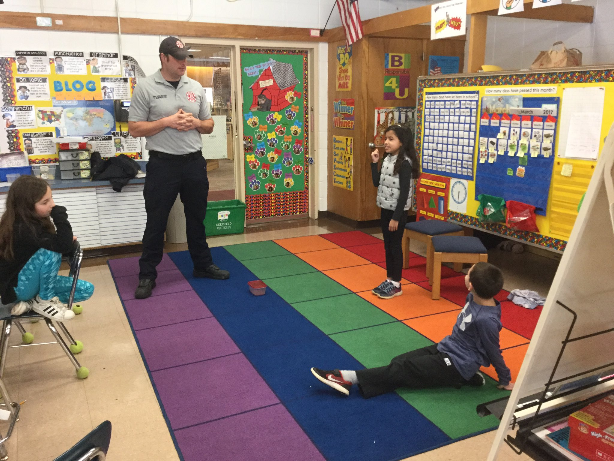 Learning emergency safety with Firefighter John in 2nd grade! #sp109 #engage109 https://t.co/zzexk9wPN0