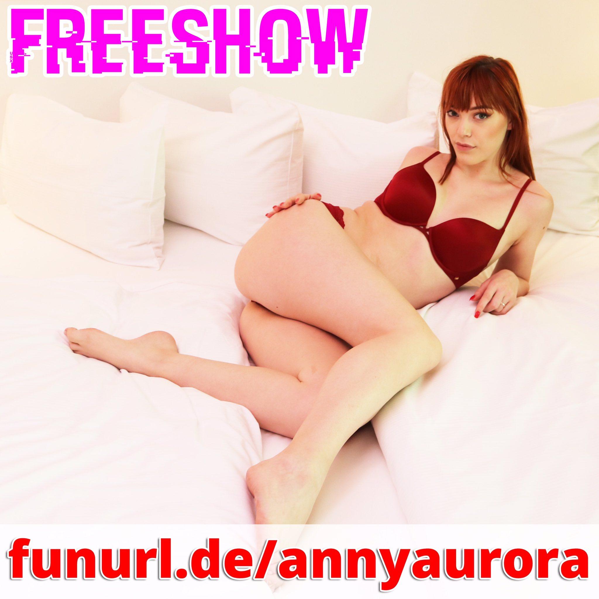 Anny Aurora Twitter