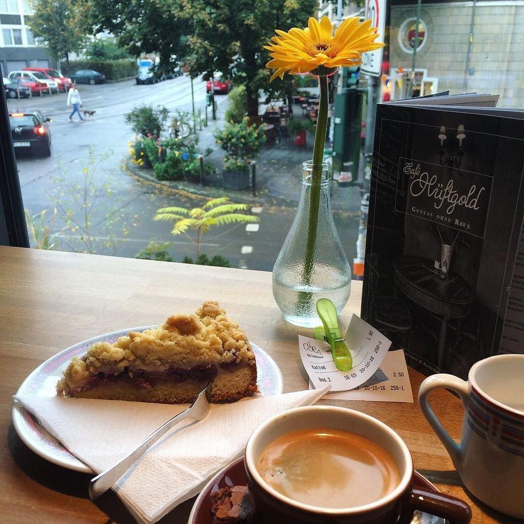 Küchenstudios Düsseldorf gil pla on kaffee und kuchen in düsseldorf hüftgold