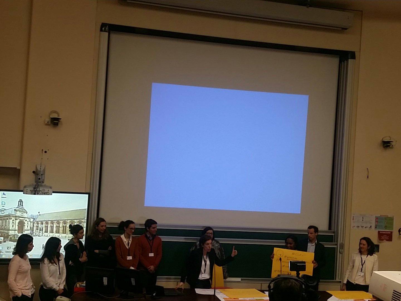 #hlrh2017 @Suez présentation #pitch #hackons les #RH @CecileDej @NetGoldFish @MissMooc https://t.co/jlmLiAKnNP