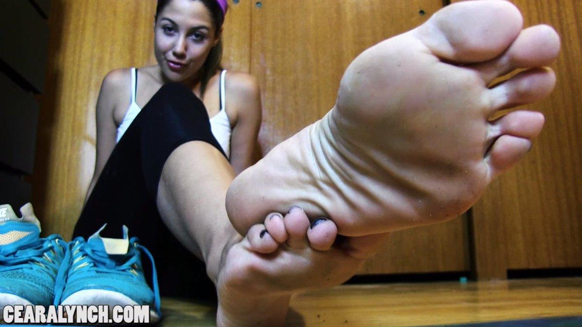 French Girls Foot Worship