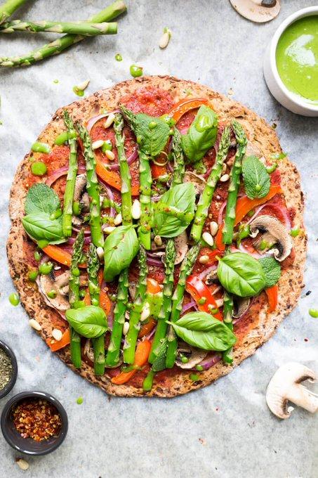 Cauliflower Pizza Crust (Vegan)