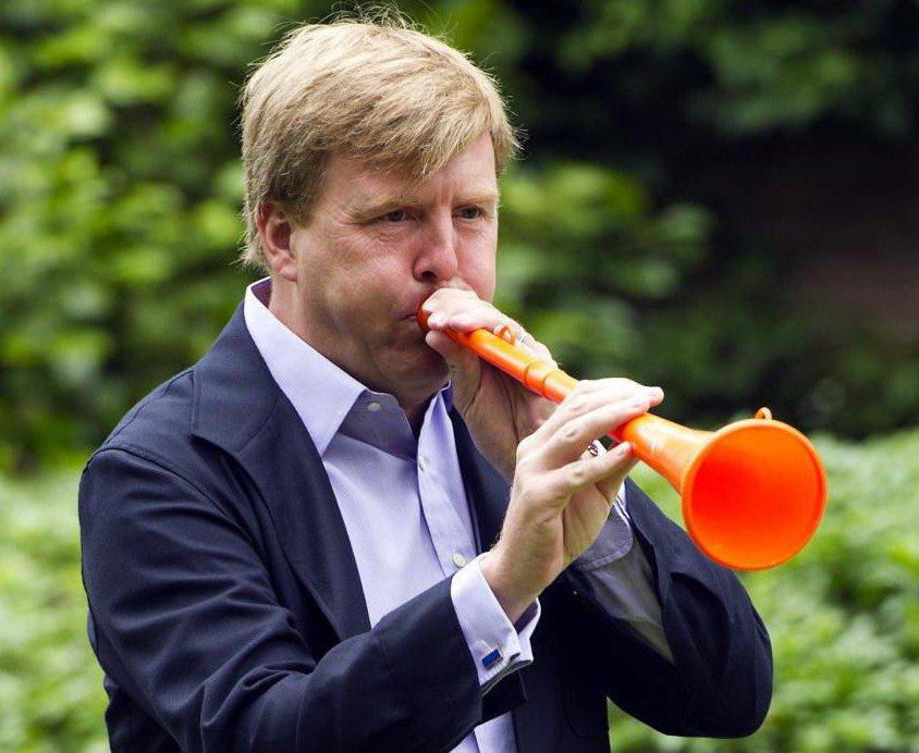 Zet het op een zuipen wanneer je iemand met zo'n klote vuvuzela tegenkomt