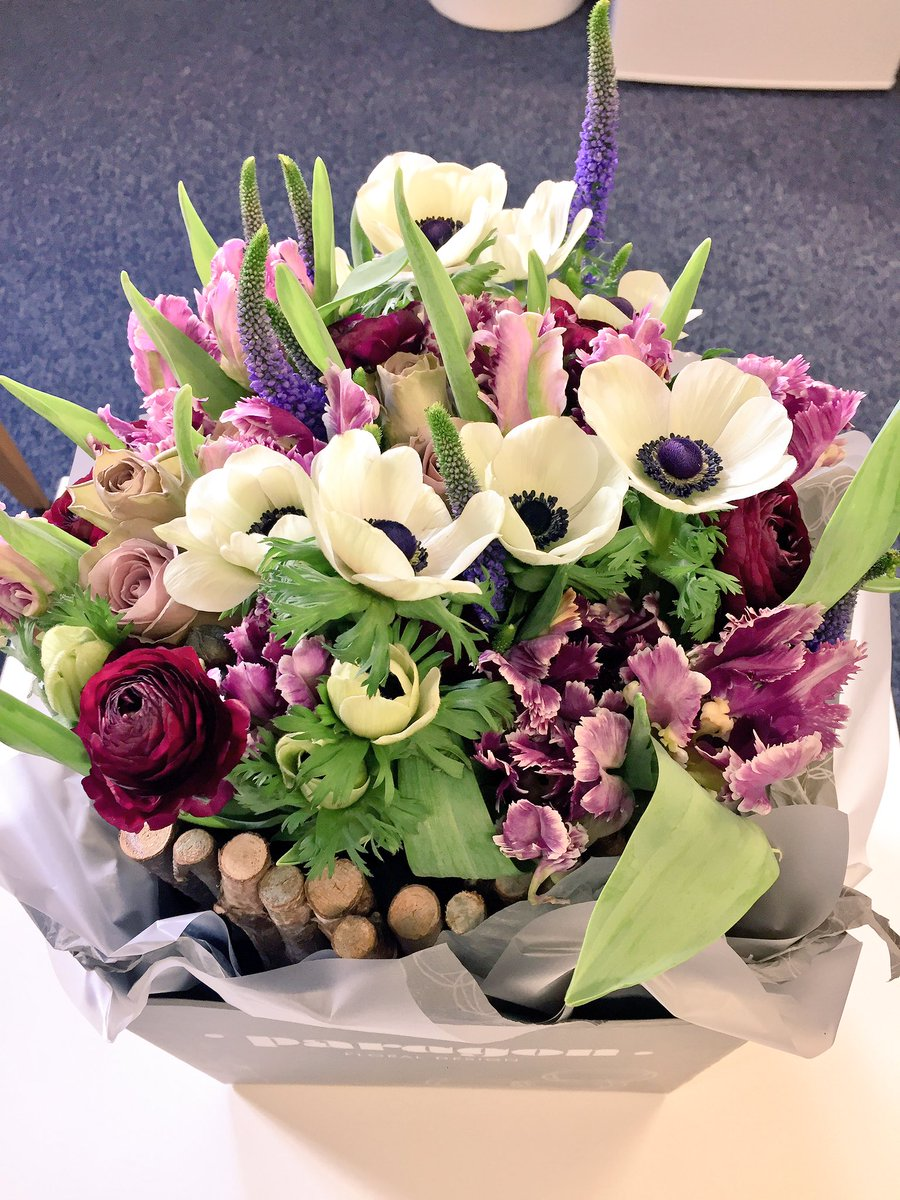 Manchester writing school on twitter received this lovely surprise received this lovely surprise bouquet of flowers from the team paragonfloral mcriwd17 iwd2017 strongmcrwoman thank you httpstwz3spsmb6d izmirmasajfo