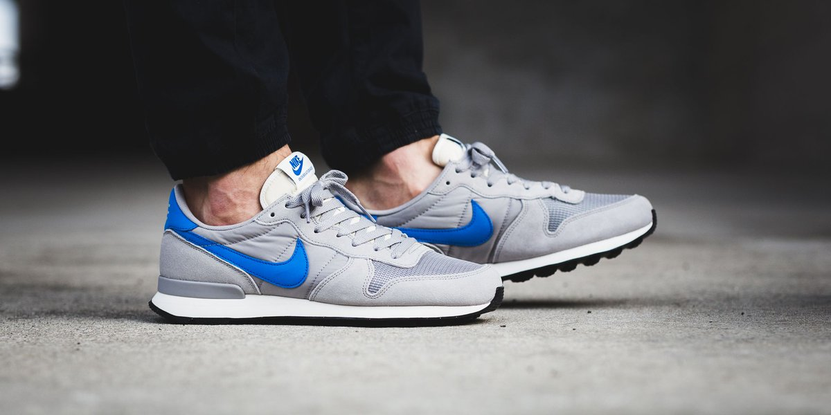 official photos 07964 cced7 Nike Internationalist - Matte SilverBlue Spark-Sail-Black SHOP HERE httpst.