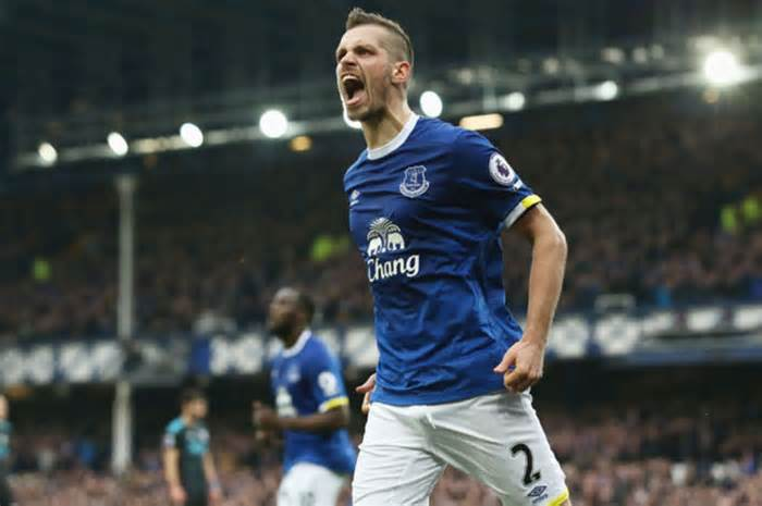 Morgan Schneiderlin: This is how Ronald Koeman has made me love football again #morgan #schneiderlin #ronald…  http:// dlvr.it/NcvgX8  &nbsp;  <br>http://pic.twitter.com/IZtlpxSU6b