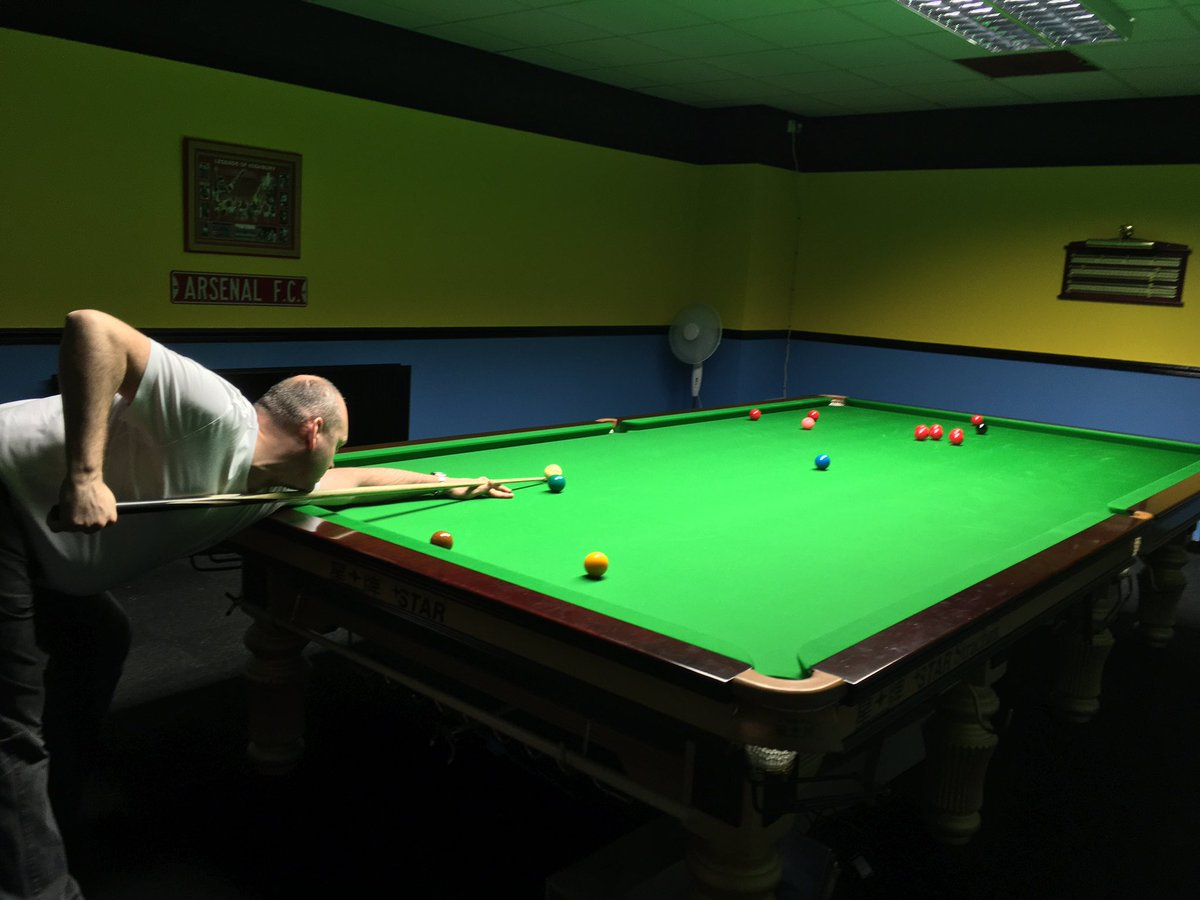 club Hustlers snooker