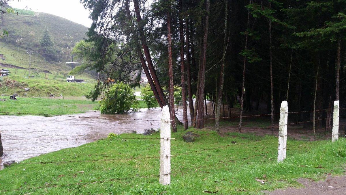 La Voz Del Tomebamba On Twitter Así Está El Río Tarqui Sector El