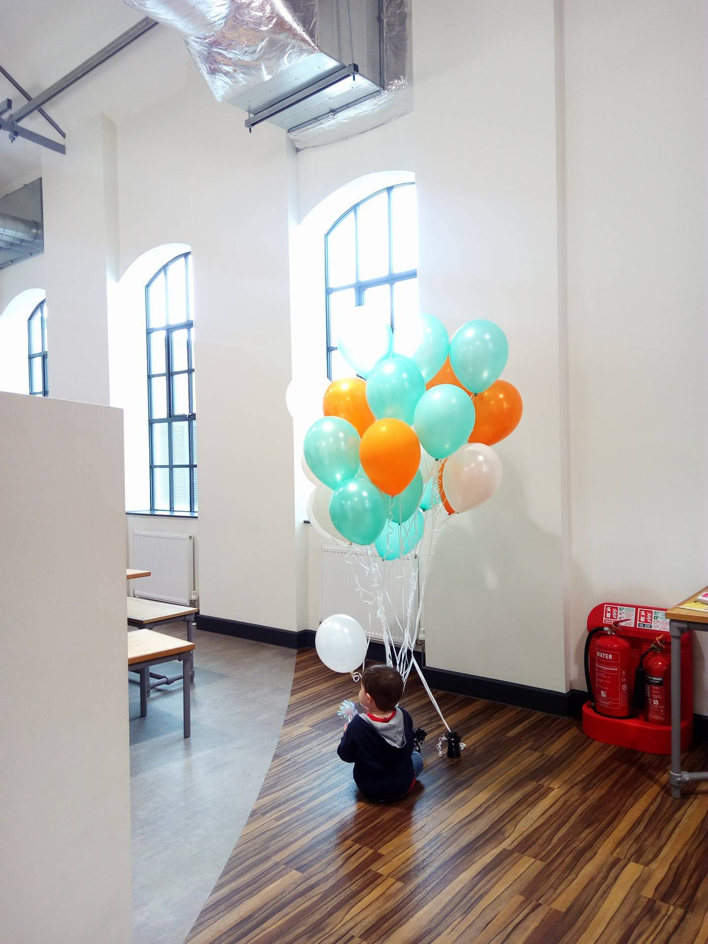 Feeling the post-festival blues? We luckily had some little creatives today at #iC4C to lift our spirits & play w/ the #nottdance balloons! https://t.co/1fkhJHzWWy