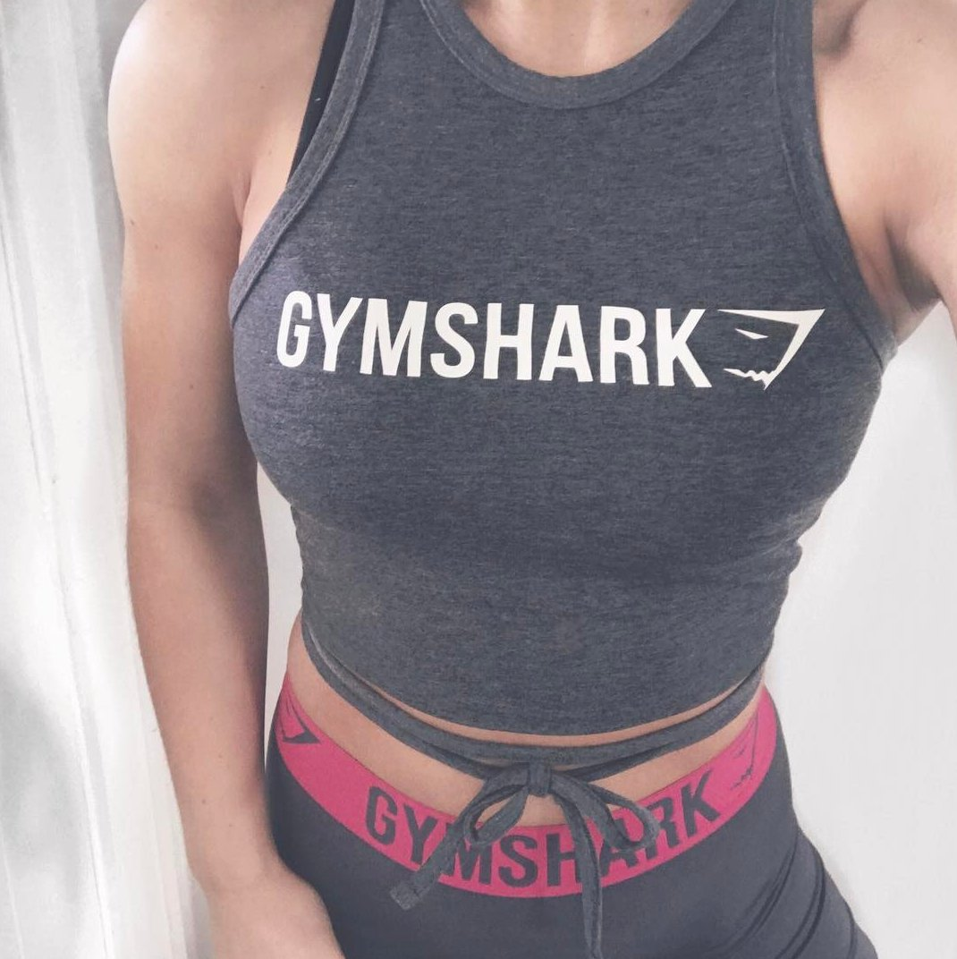 6f32ab755a2b13 The Ribbon crop tops are back! Available in five colours. http   Gymshark.com  pic.twitter.com FmvsO6WJsC