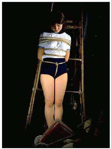 昭和のブルマ緊縛画像 ブルマ緊縛画像 渚ルイ : ナースフェチブログ