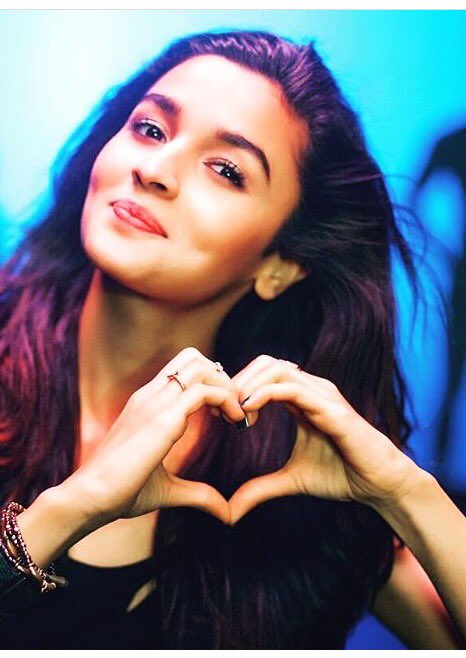 HAPPY BIRTHDAY ALIA BHATT. You have to be my favourite forever!  ALIA\S DAY
