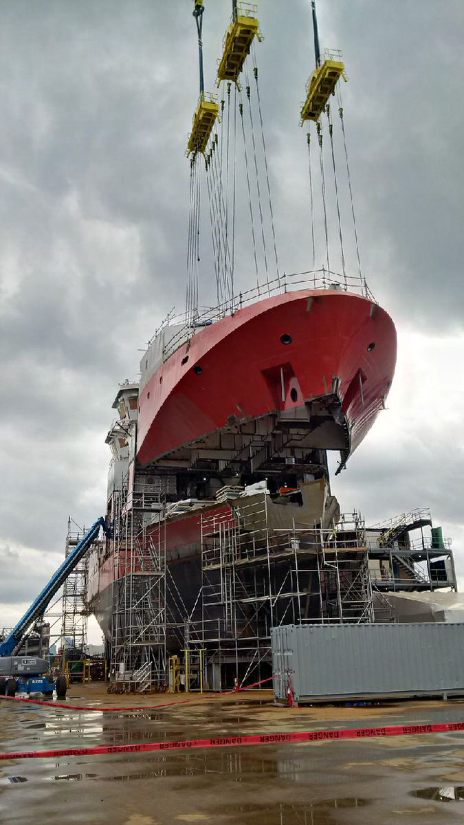 Canadian Coast Guard On Twitter The Final Grand Hull Block Of The 1st Offshore Fisheries Science Vessel Is Lifted Into Place At Vsy Ofsv Seaspan Ccgproud Https T Co Yznqmm4ilz