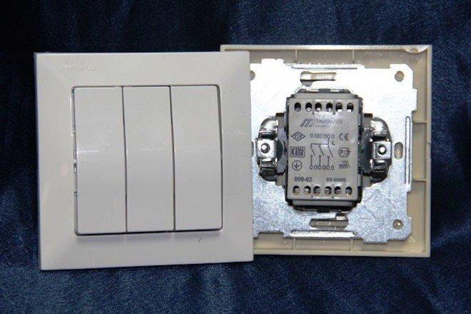 подключение трехклавишного выключателя схемы проводов