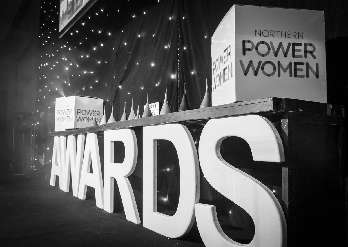 7af8ee0a6654 So 7 days ago - it was showtime ready to start the second  NPW awards  hosted by the awesome  WalkerSam  SodexoUK IRE  NPHinfo   GraziaStringspic.twitter.com  ...