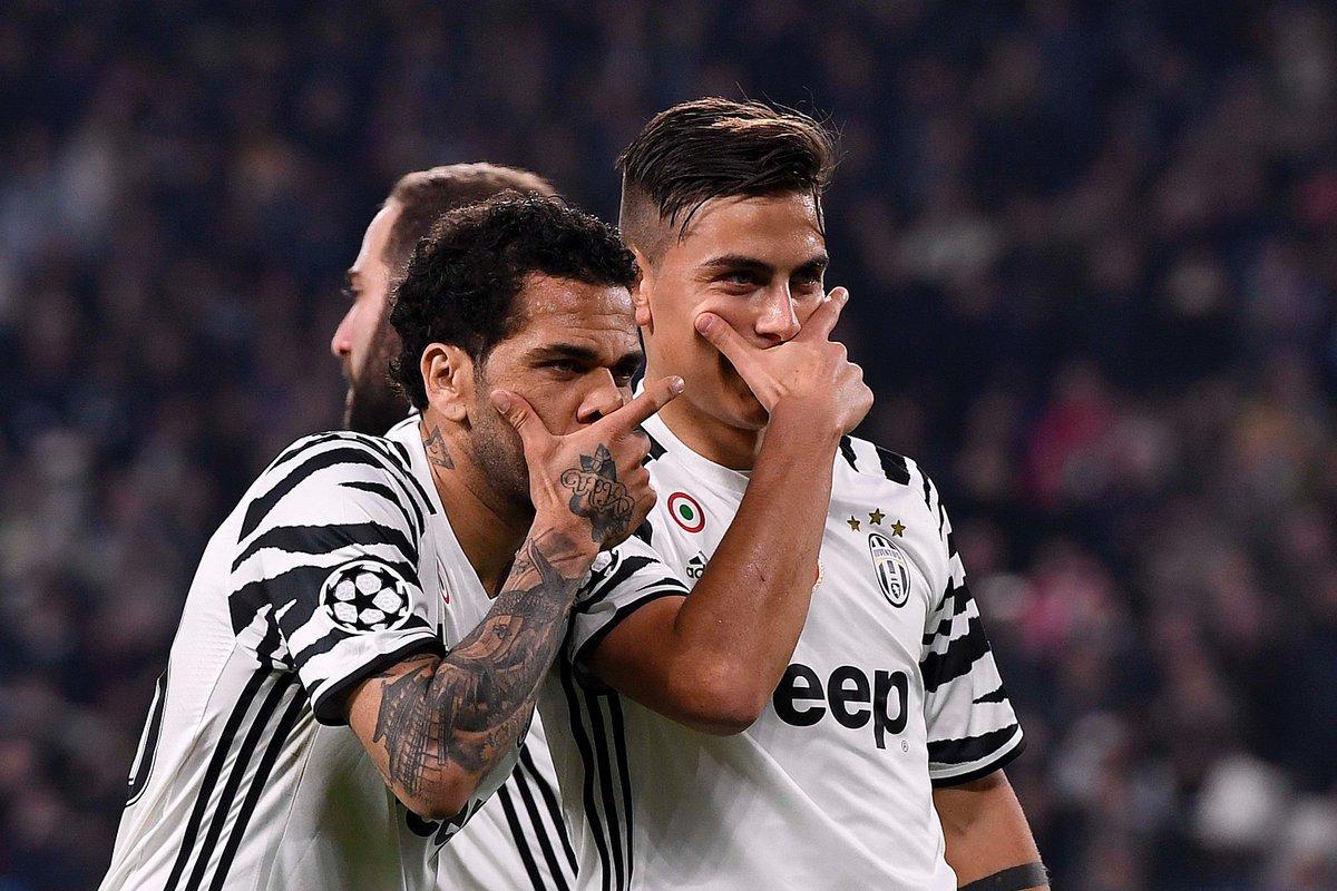 Juventus Porto: decide un rigore di Dybala, avversari in 10