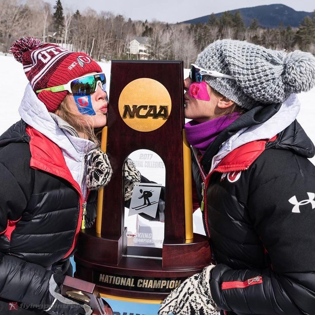 That feeling when you win a #NationalChampionship. ⛷🏆 📷: @flyingpoint...