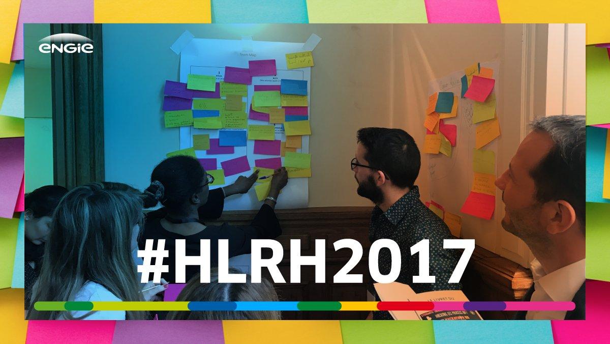 [#DesignThinking ] Les #jeunes plein d'idées au #HLRH2017 pour imaginer les #RH de demain 💡💡💡 https://t.co/32vCWuFsBS