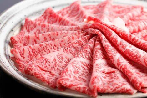 シャネルのチークが凄いw高級な霜降りの生肉に見えるwww