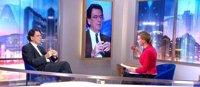 .@FerryLuc : 'Je ne sais pas comment Macron a pu faire pour dépenser 380 000 euros sur un voyage'