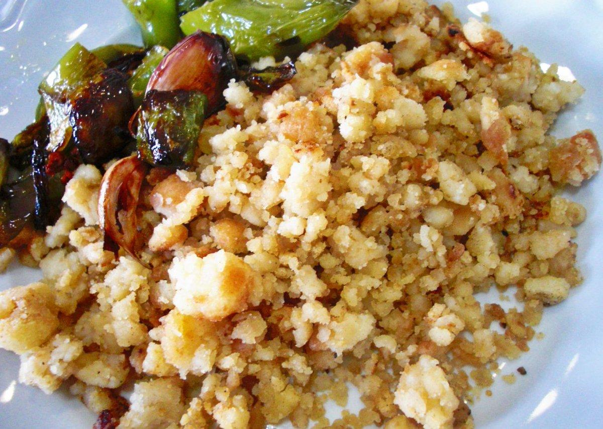 Disfrute de los mejores desayunos Les deseamos un #Feliz día #Tostadas #Bocadillos #Migas #Extremeñas #Bollería #Feliz2017 <br>http://pic.twitter.com/40dVggINoL