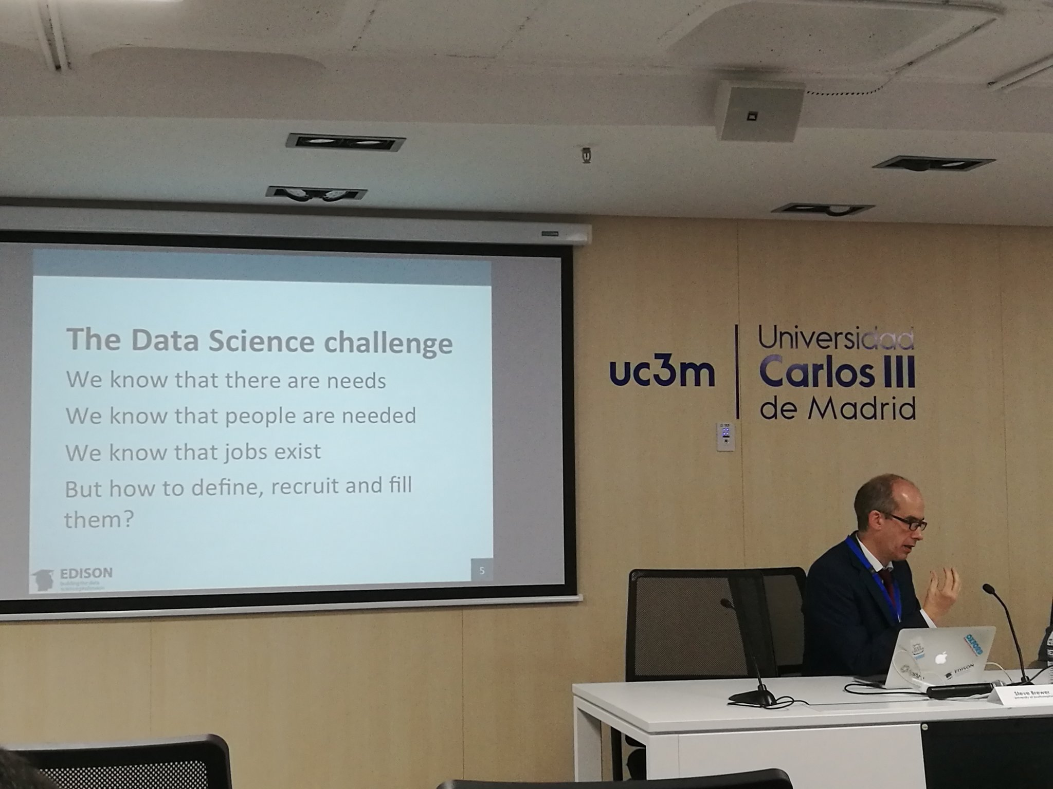 Steve Brewer @EdisonEU : We know data scientists are needed, but what is needed from them? #EDISONmadrid https://t.co/qA2ItKLnEZ