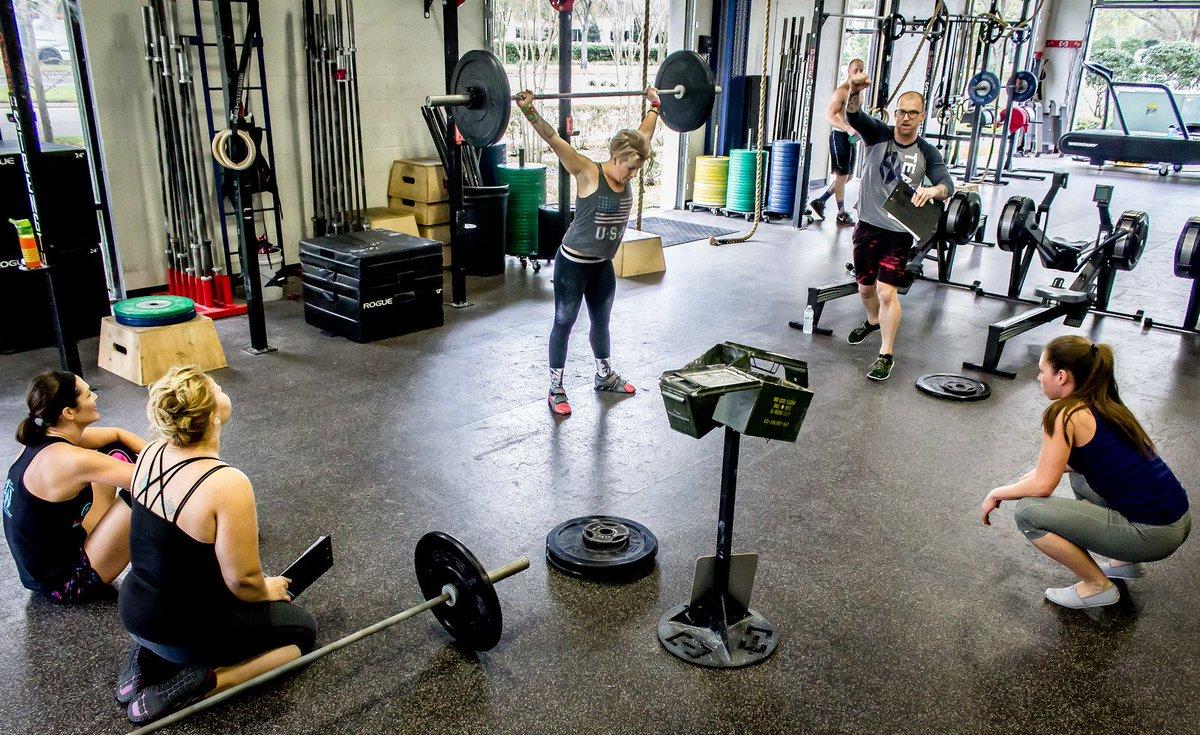oneew fitness ewfitnesscenter twitter