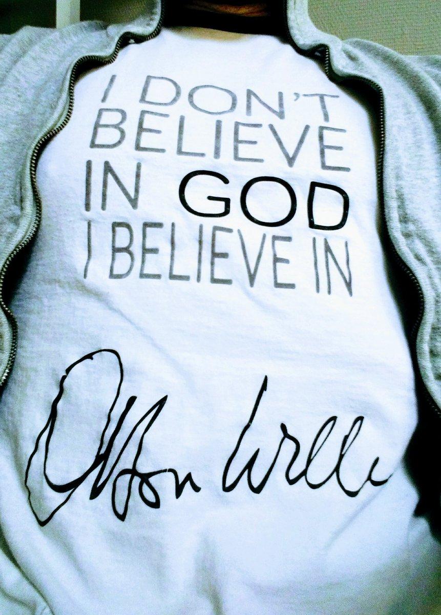 T-shirt du jour pour fêter la bonne nouvelle. Enfin #TheOtherSideOfTheWind va voir le jour :) #OrsonWelles #Netflix
