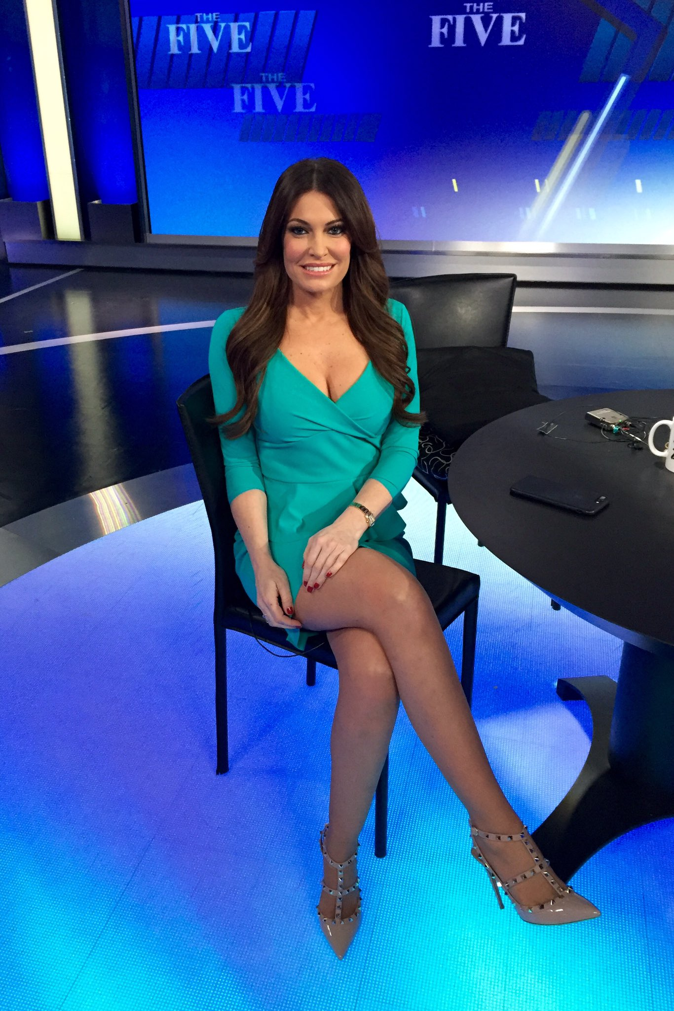 """Kimberly Guilfoyle on Twitter: """"Loving our new studio ..."""