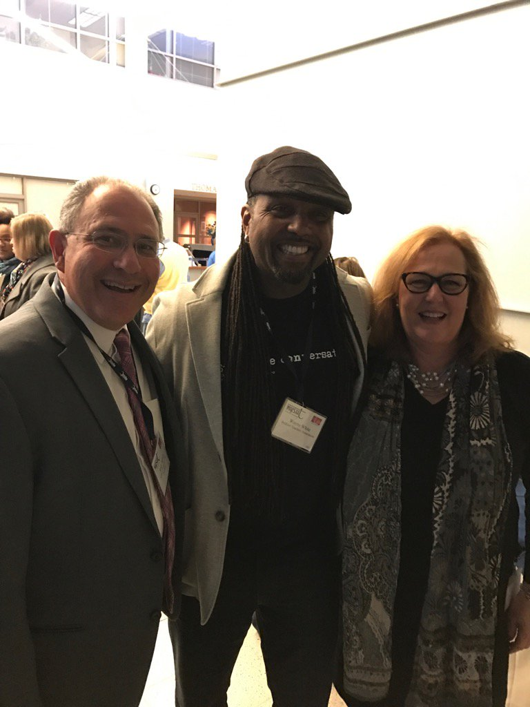 With Wayne White and Karen Magee at the #NYSUTWOMEN  Conference ! @loxango @KarenMageeNYSUT @nysut @NYSAFLCIO https://t.co/wkFZjDdt7F