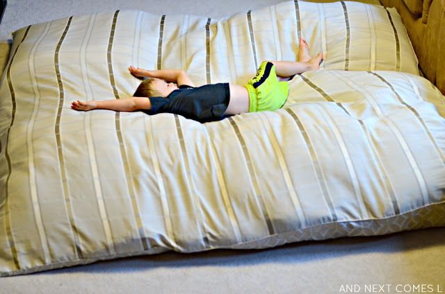 DIY No Sew Crash Mat {Sensory Hack for Kids}