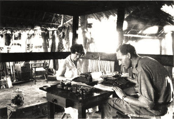 Man&#39;s role is uncertain, undefined, and perhaps unnecessary. - Margaret Mead with #GregoryBateson Papua, New Guinea, 1938 <br>http://pic.twitter.com/utbaDIHEip