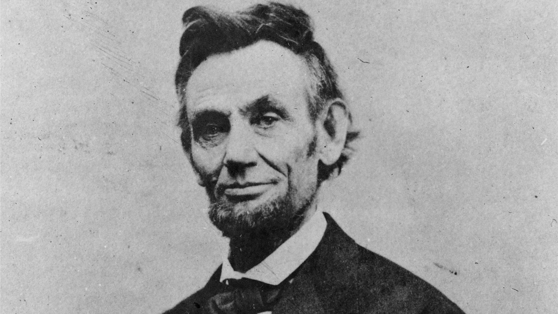 an overview of the greatest accomplishments of abraham lincoln an american president