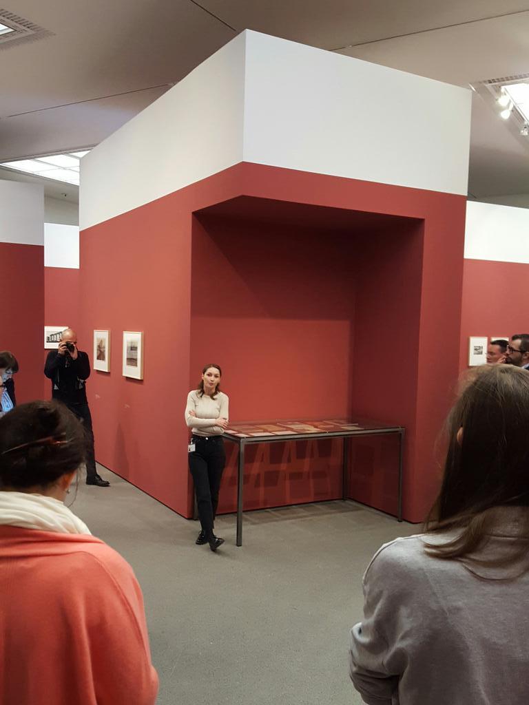 Zum Einstieg: #Führung durch die #Ausstellung Renger-Patzsch #stadtlandmuc https://t.co/l4n8G9tIyp