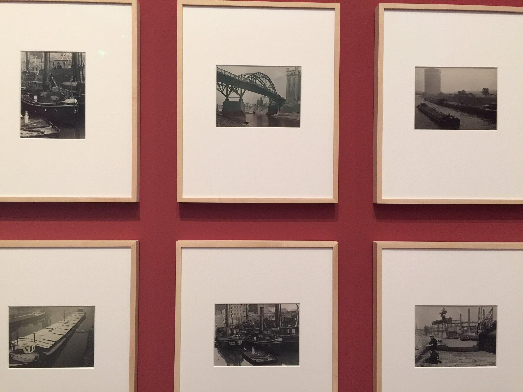 Nuancen von Grau, Gerüste, Brücken, das ist #stadtlandbild #rengerpatzsch - @Pinakotheken Inspiration für #stadtlandmuc @kulturkonsorten https://t.co/WvU6yqMO7L