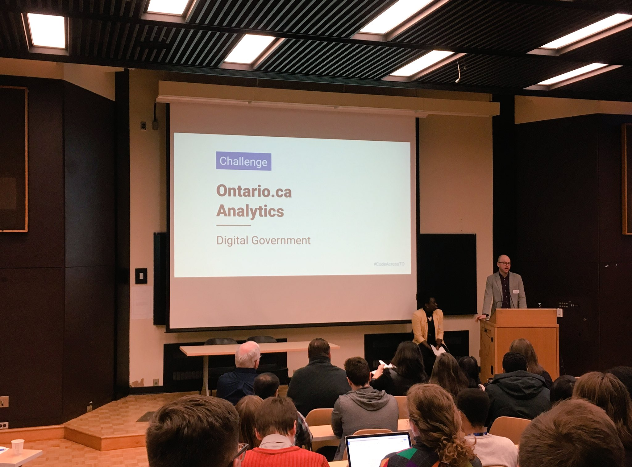Digital Government Ontario's Ontario.ca challenge. Be the first to see their analytics data. Help build tools for the public #CodeAcrossTO https://t.co/EbVp2IYVQv