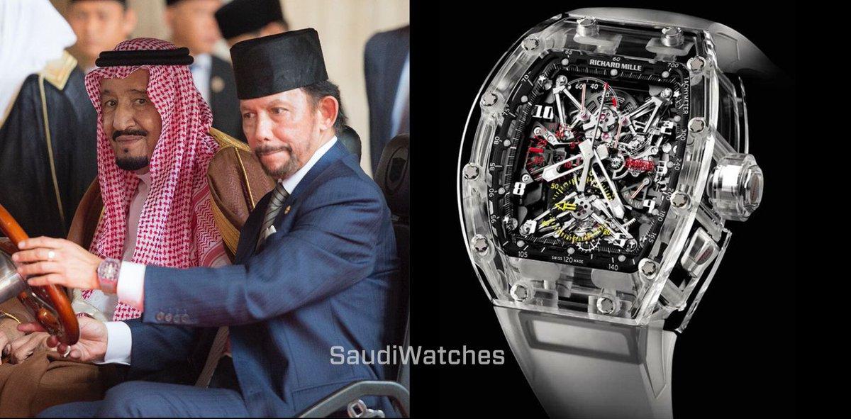 بالأرقام  لن تصدق أسعار الساعات التي يرتديها المشاهير.. أحدهم يرتدي ساعة ثمنها تخطى الملايين 2 24/6/2018 - 7:53 م