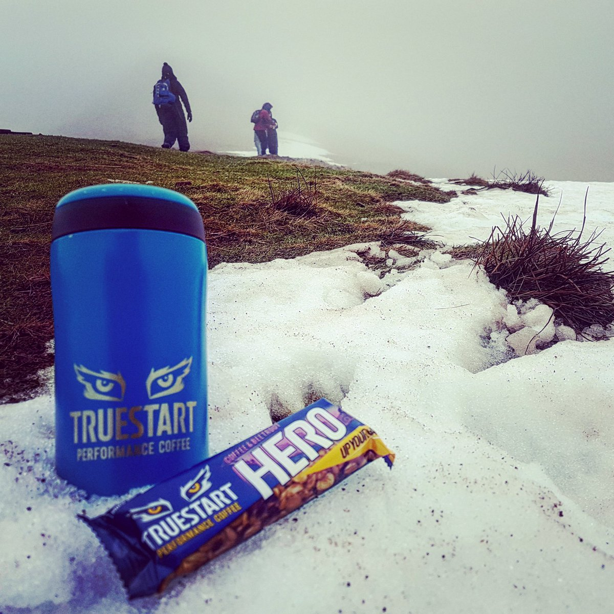 Keeping warm up in the #BreconBeacons today! #TEAMTRUESTART #UPYOURGAME #wymtm #penyfan https://t.co/0EiHfIiZsv
