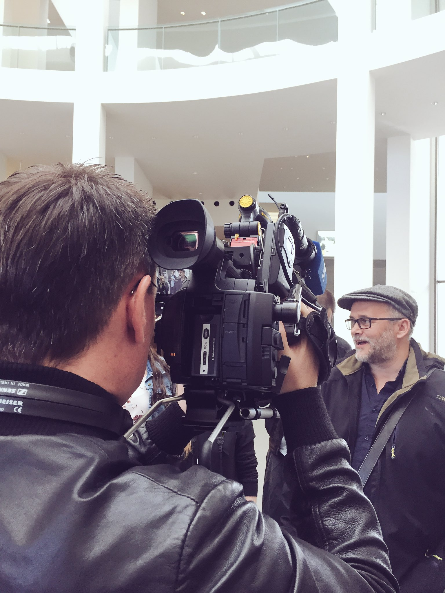 Einschalten: #StadtLandMuc könnt Ihr 18:30 Uhr in der Rundschau des @BR_Oberbayern sehen. Vielen Dank an @veracornette für die Begleitung! https://t.co/aPFshJwZSW